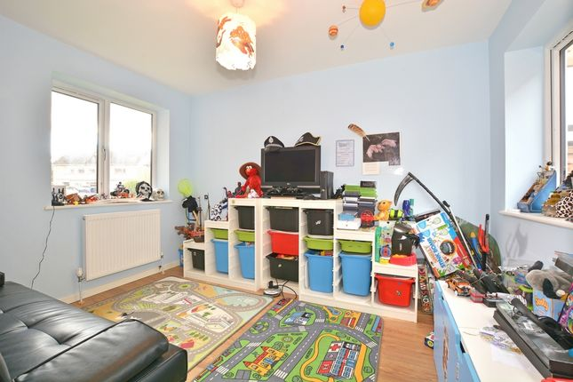Pound Hill Room Rent