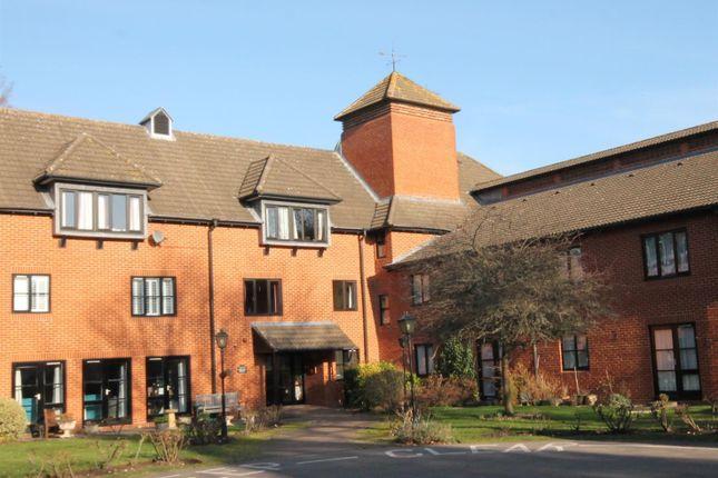 Thumbnail Flat for sale in Farley Court, Church Road East, Farnborough