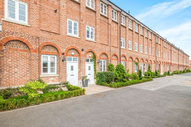 Thumbnail Flat for sale in Pirnhow Street, Ditchingham, Bungay