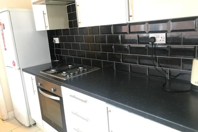 Terraced house to rent in Northfield Road, Stoke