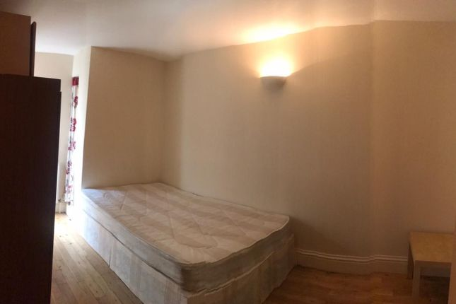 Thumbnail Shared accommodation to rent in 78 Archway Road, London