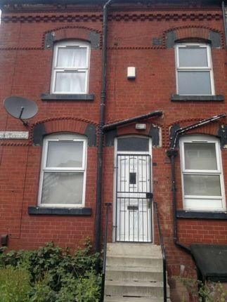 Thumbnail Property to rent in Autumn Avenue, Hyde Park, Leeds