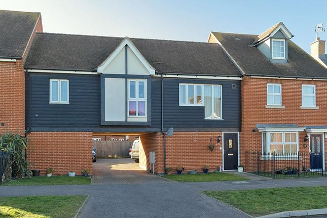 Thumbnail Detached house to rent in Crossways, Sittingbourne