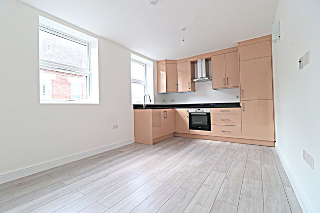 Thumbnail Flat to rent in Mill Street, Bedford