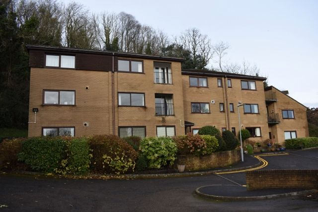 1 bed property to rent in Oystermouth Court, Mumbles, Swansea SA3