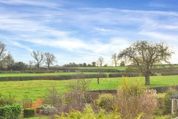 Views of Stramshall, Uttoxeter ST14