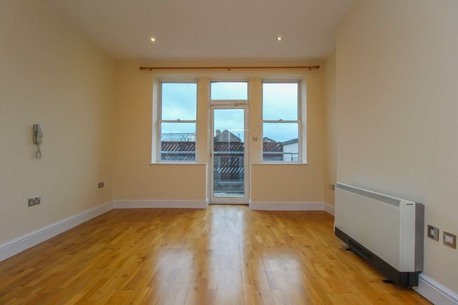1 bed flat for sale in High Street, City Centre, Cardiff CF10