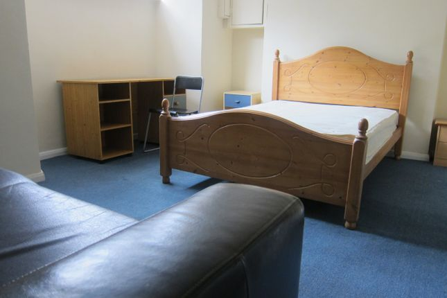 Thumbnail Property to rent in Broadway(19), Treforest, Pontypridd