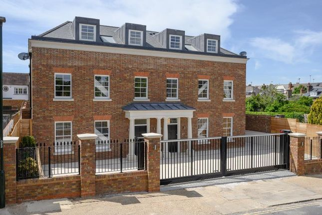 Thumbnail Semi-detached house for sale in Kings Road, Richmond