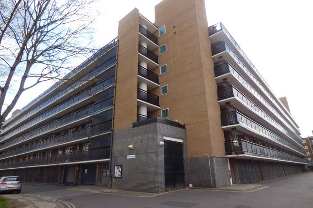 Thumbnail Flat for sale in New Place Square, London