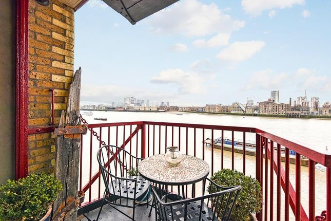 Thumbnail Property to rent in Wapping High Street, London