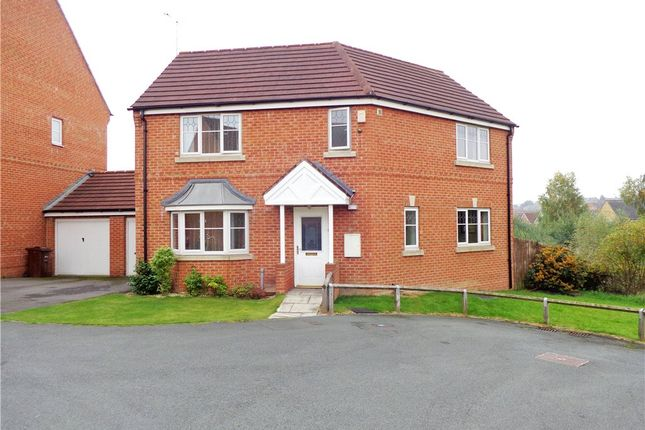 Thumbnail Detached house to rent in Digpal Road, Churwell, Leeds