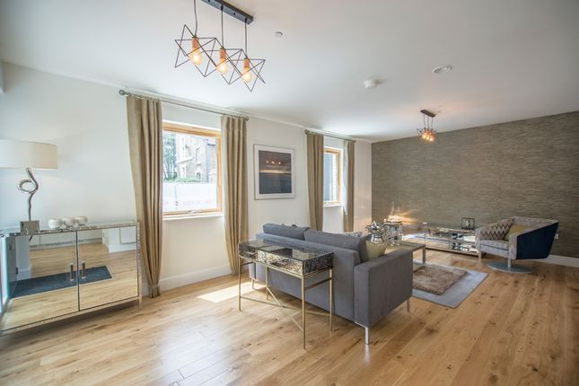 Thumbnail Mews house for sale in Balls Pond Road, Islington