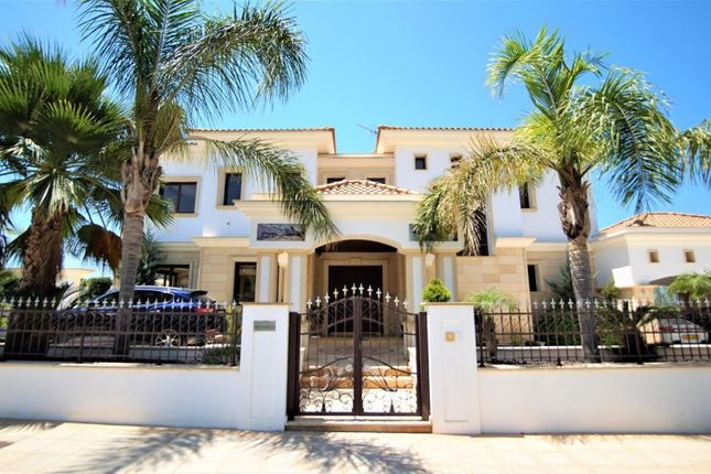 Thumbnail Villa for sale in Pegia - Sea Caves, Sea Caves, Paphos, Cyprus