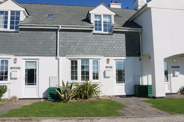 Thumbnail Cottage for sale in Treyarnon Bay, Treyarnon