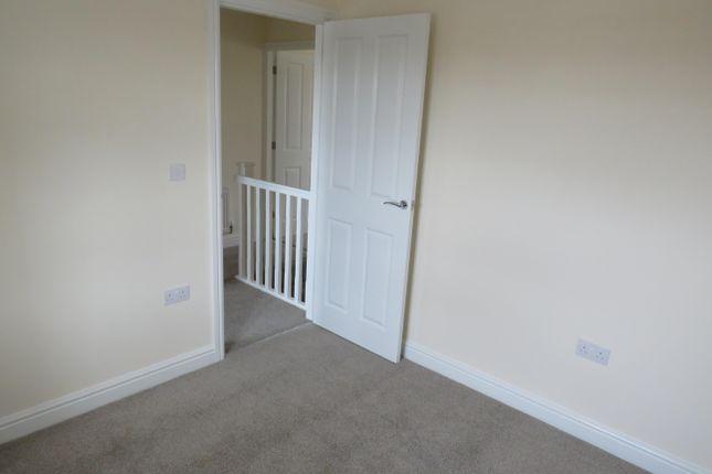Bedroom 2 of Poppyfield Road, Wootton, Northampton NN4