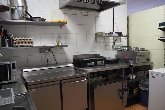 Photo 3 of Cafe & Sandwich Bars HX3, Hipperholme, West Yorkshire