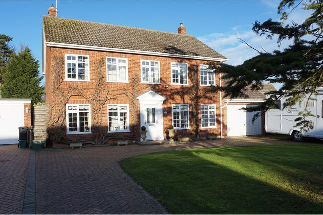 Thumbnail Detached house for sale in Pinners Close, Burnham-On-Crouch