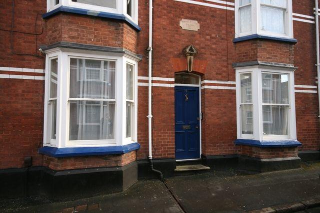 Thumbnail Flat to rent in Dinham Road, Exeter