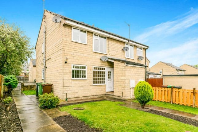 Thumbnail Flat to rent in Chalner Avenue, Morley, Leeds