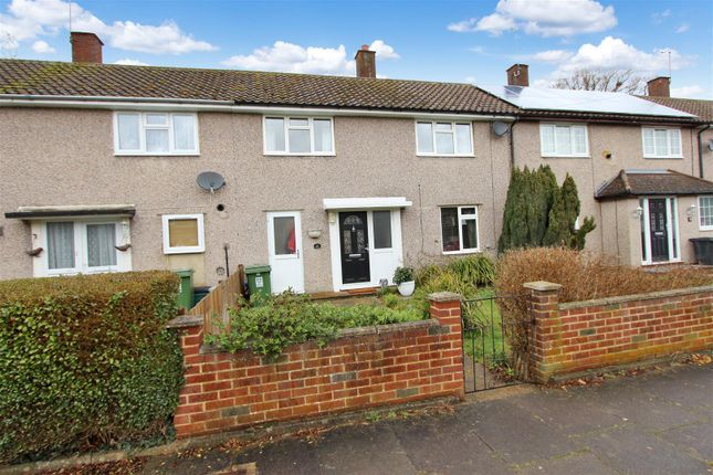 Thumbnail Terraced house for sale in Newlands Road, Hemel Hempstead, Hertfordshire