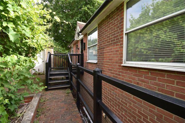 1 bed flat to rent in Newbury Road, Lambourn, Berkshire RG17