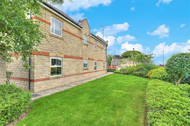 Thumbnail Flat for sale in 5, Folkwood Grove, Bents Green