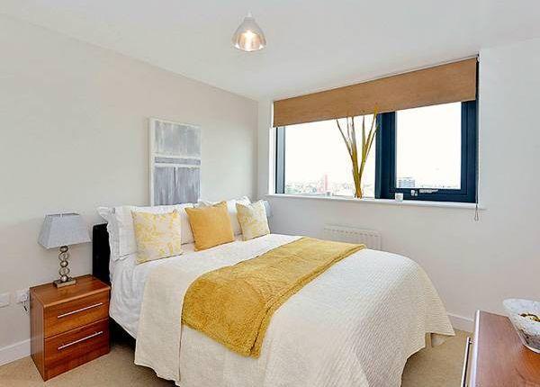 Thumbnail Room to rent in Alderley Road, Stepney Green