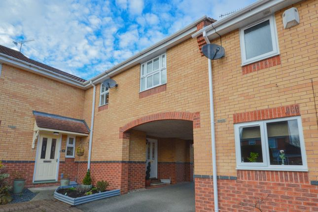 Thumbnail Town house for sale in Hall Meadow Drive, Halfway, Sheffield