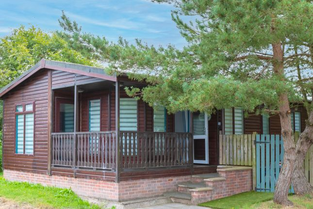 Thumbnail Mobile/park home for sale in Skinburness Drive, Wigton