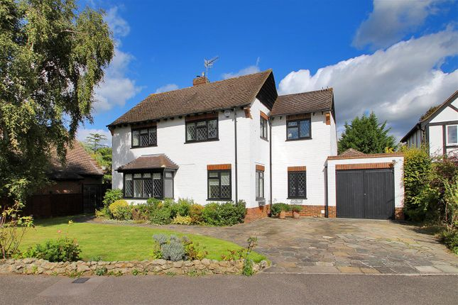 Thumbnail Detached house for sale in Knowsley Way, Hildenborough, Tonbridge