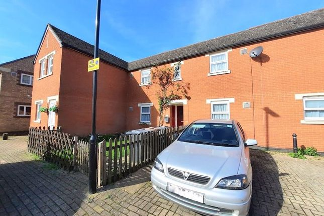 2 bed terraced house for sale in Elsworth Close, Feltham TW14