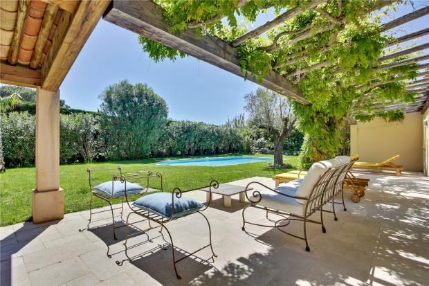 Terrace of Saint-Tropez, Var Coast, French Riviera, 83990