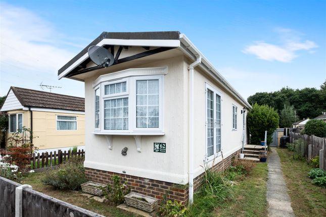Thumbnail Mobile/park home for sale in Warren Farm Home Park, Warren Lane, Pyrford, Woking