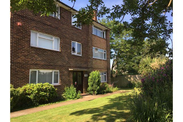 Thumbnail Flat for sale in Barnfield Court, Weston, Southampton
