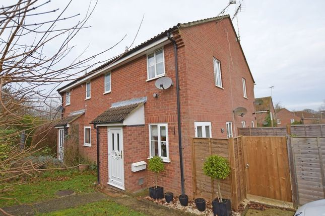 Thumbnail Property to rent in Salisbury Close, Alton