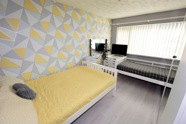 Bedroom 2 of Broughton Place, Barry CF63
