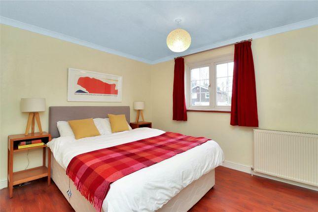Bedroom 2 of Stanbury Avenue, Watford WD17