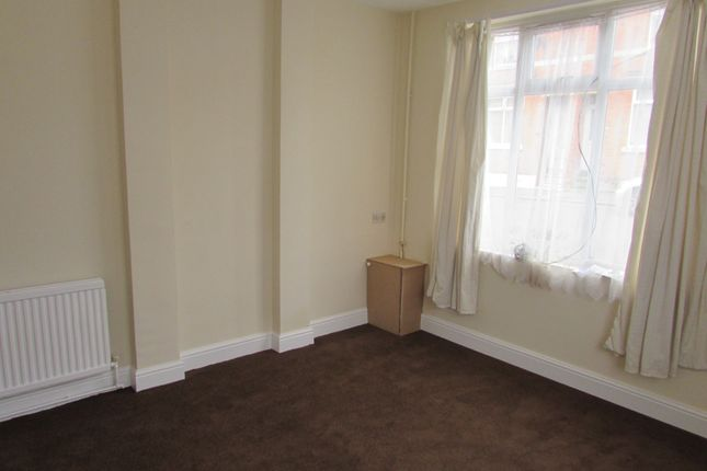1 bed flat to rent in Gordon Street, Kettering