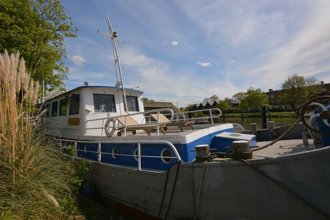 Thumbnail Houseboat for sale in Ash Island, East Molesey