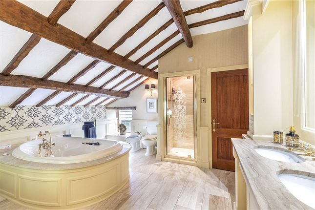 Master Ensuite of Blacko Bar Road, Roughlee, Nelson BB9