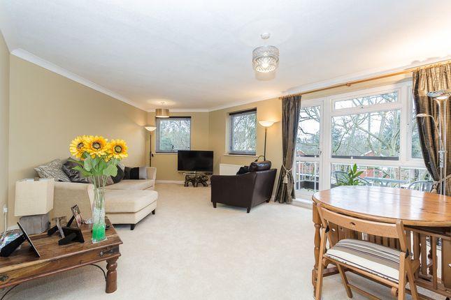 Thumbnail Flat for sale in St. Martins Avenue, Epsom