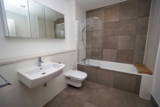 Thumbnail Town house for sale in Langhorne Street, The Acadamy, Woolwich