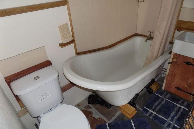 Bathroom of St. Ewe, St. Austell PL26