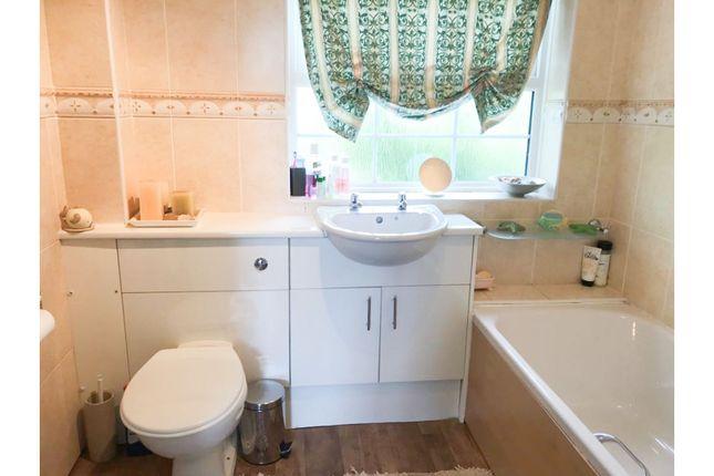 Bathroom of Bodycote Close, Broughton Astley LE9