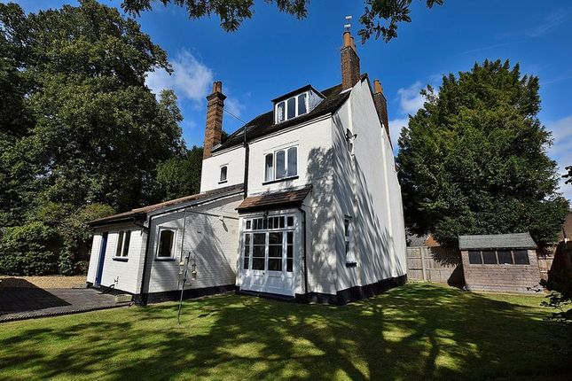 Thumbnail Detached house for sale in Priory Road, Dunstable