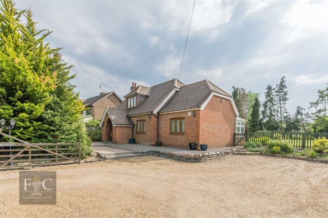 Thumbnail Detached house for sale in Epping Road, Nazeing, Essex