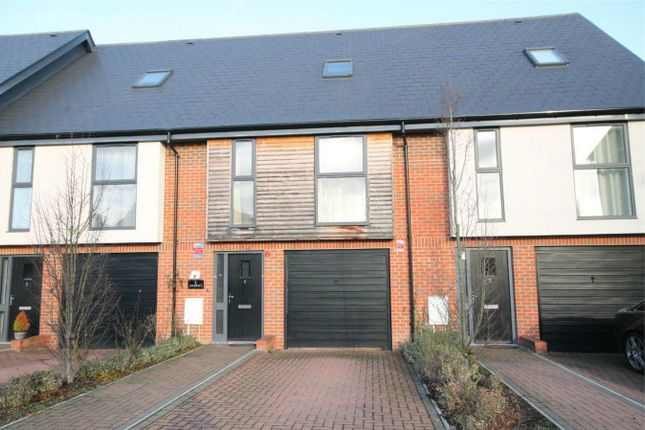Thumbnail Terraced house to rent in Faircross Court, Thatcham