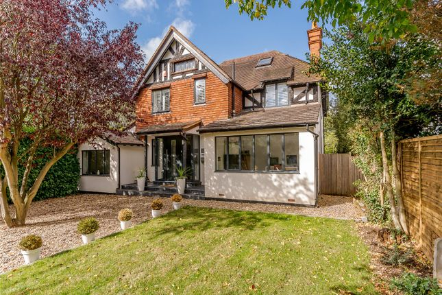 Thumbnail Detached house for sale in Avenue Road, Maidenhead, Berkshire
