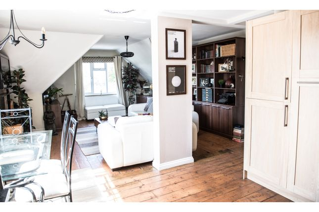 Thumbnail Flat for sale in 4 Madeira Park, Tunbridge Wells